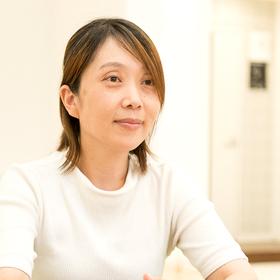 塚田 久美子