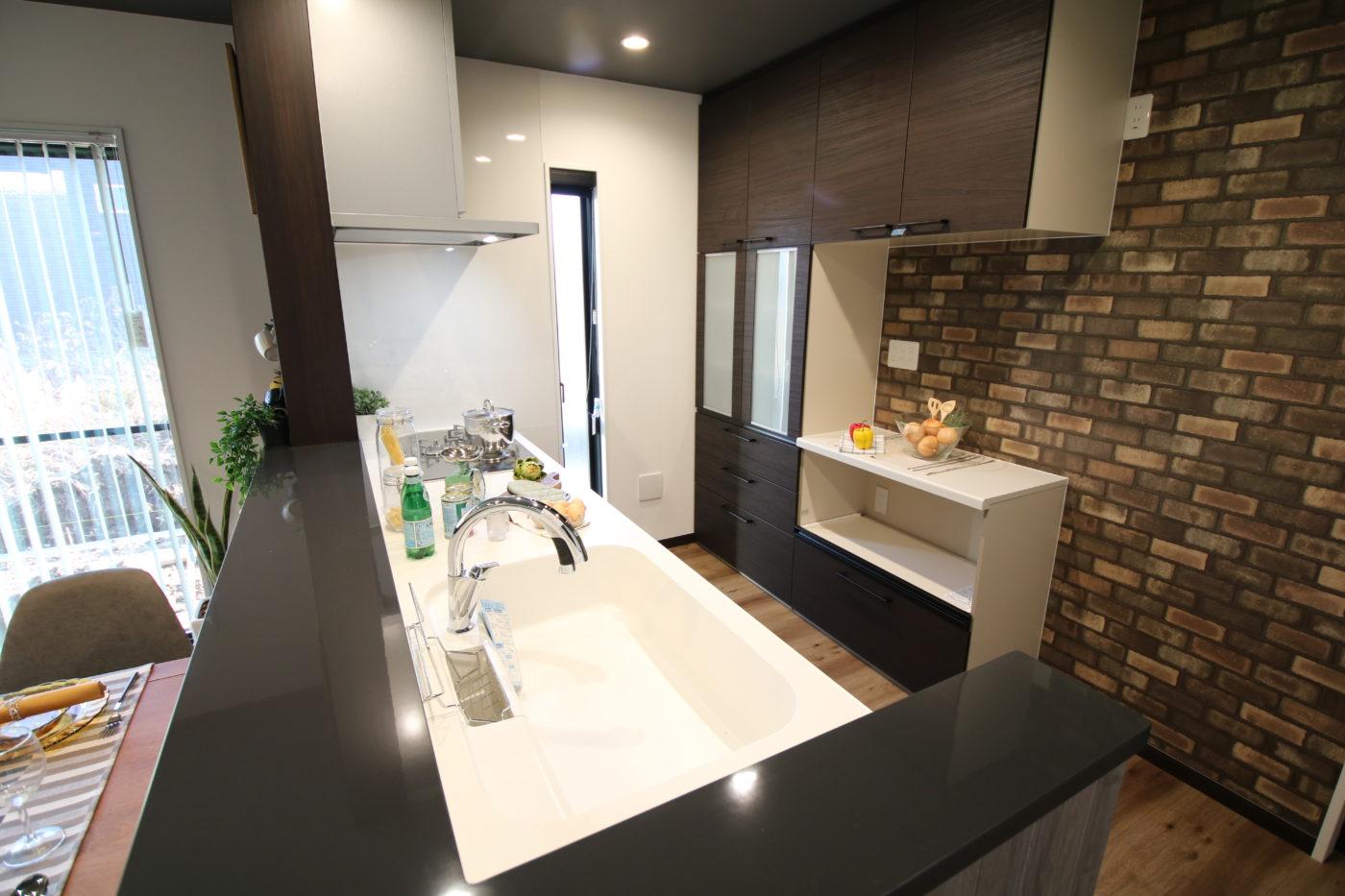奈良輪モデルハウス_キッチン